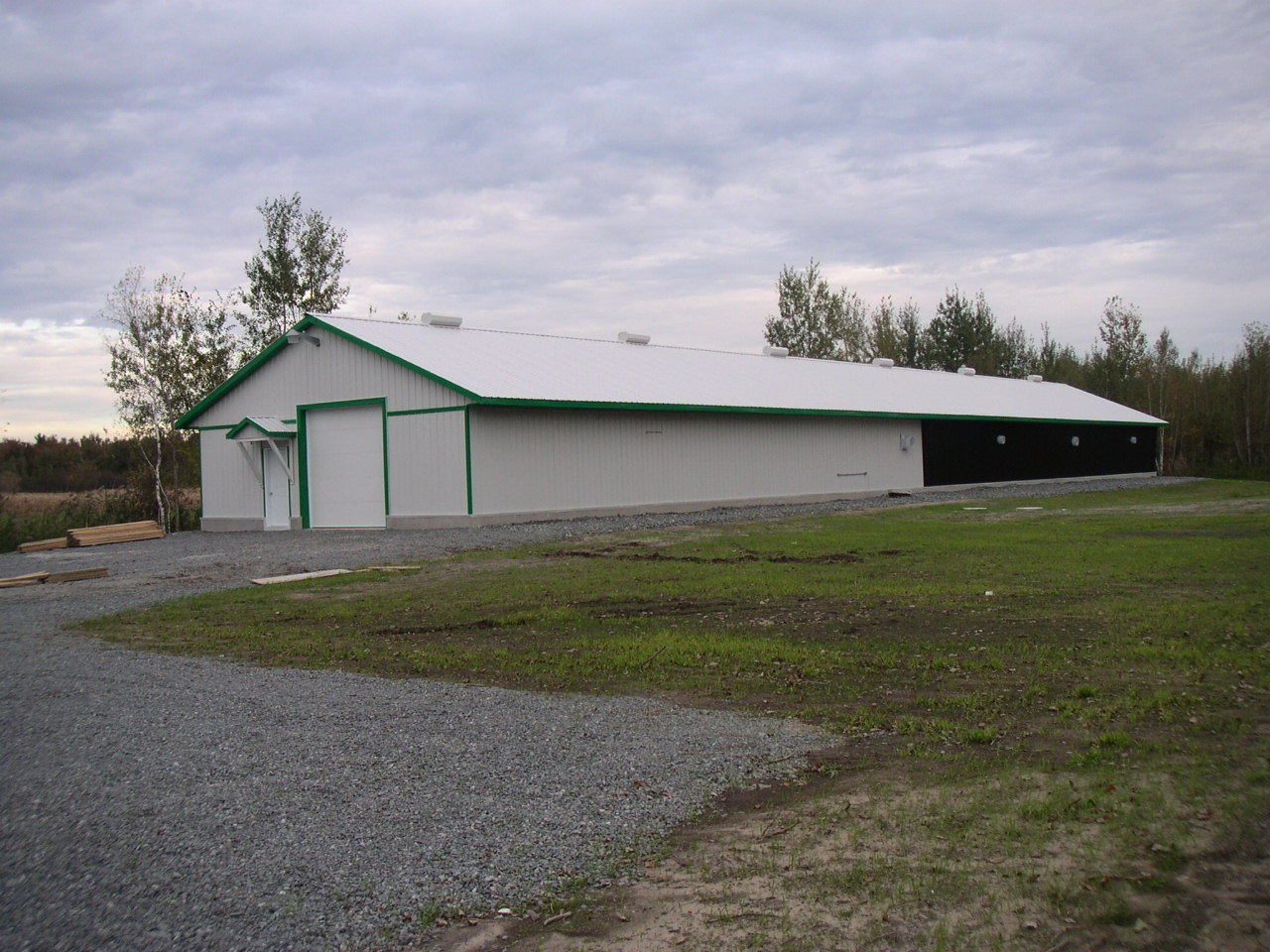 CRF Layer Research Farm - St. Jean Baptiste, Quebec